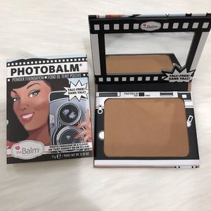 The Balm photobalm Powder Foundation dark new